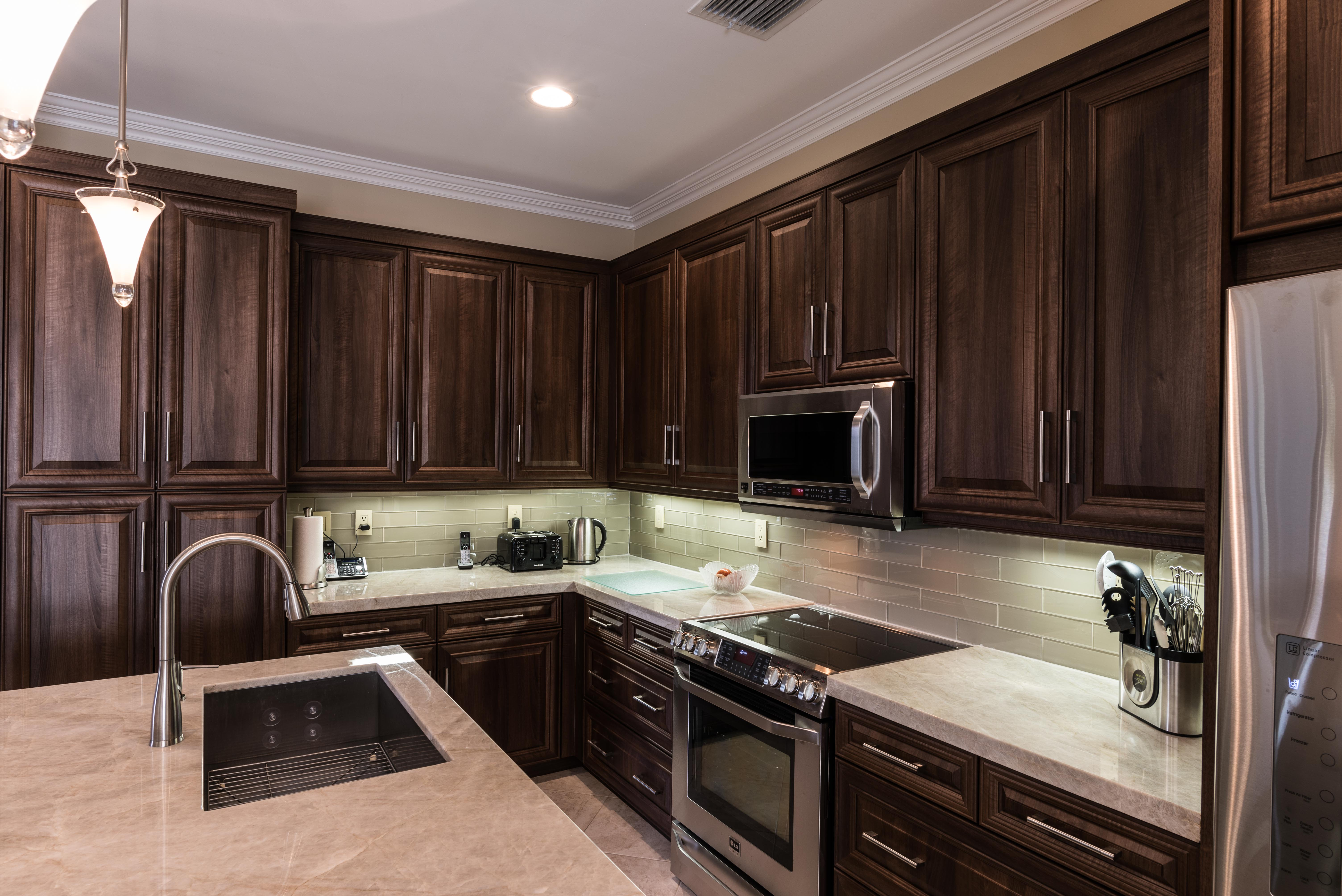 Cutler-Residence-Kitchen
